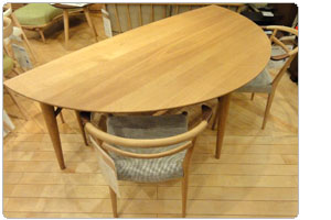 White WoodシリーズLeaf Table・WOT-688