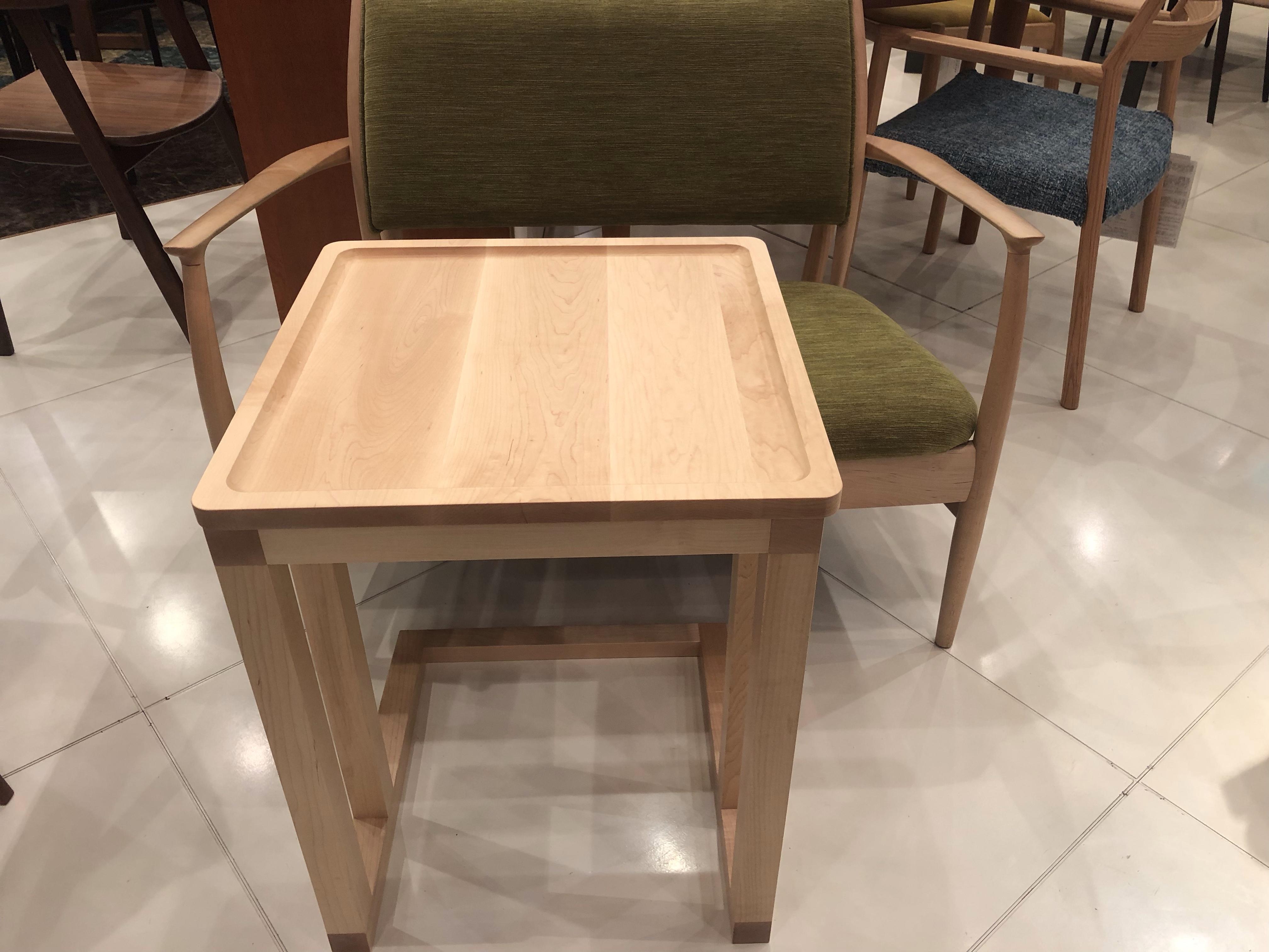 【一人暮らしにお勧めサイドテーブル】イマダ・サイドテーブル・コンチェット