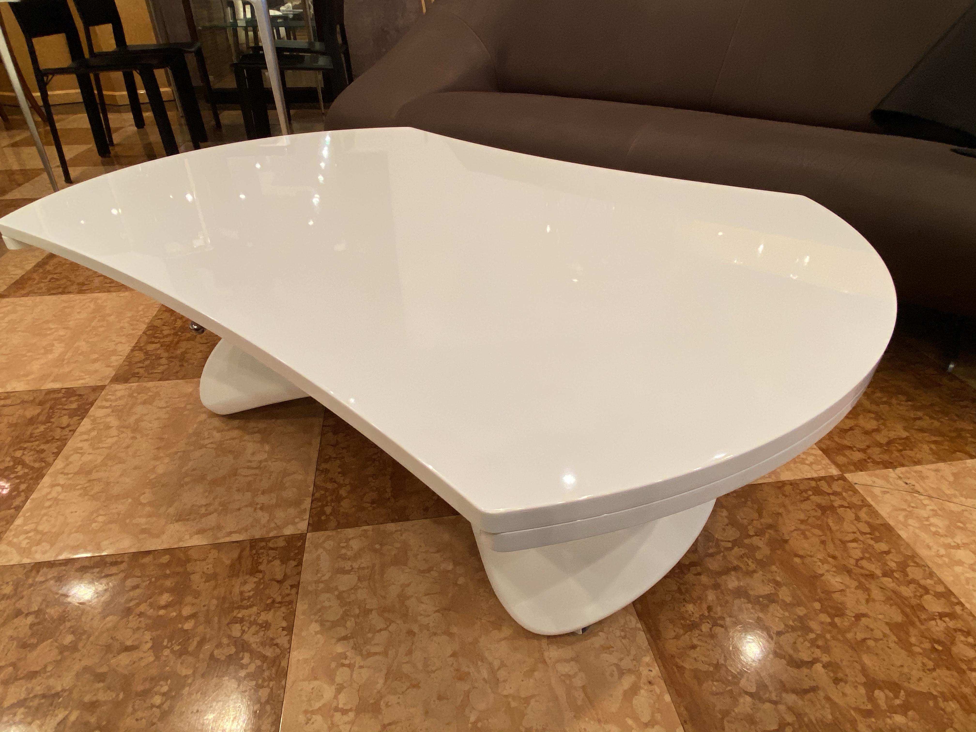 【イタリア家具フェア】COMPAR・鏡面ホワイトPARISリフトテーブル