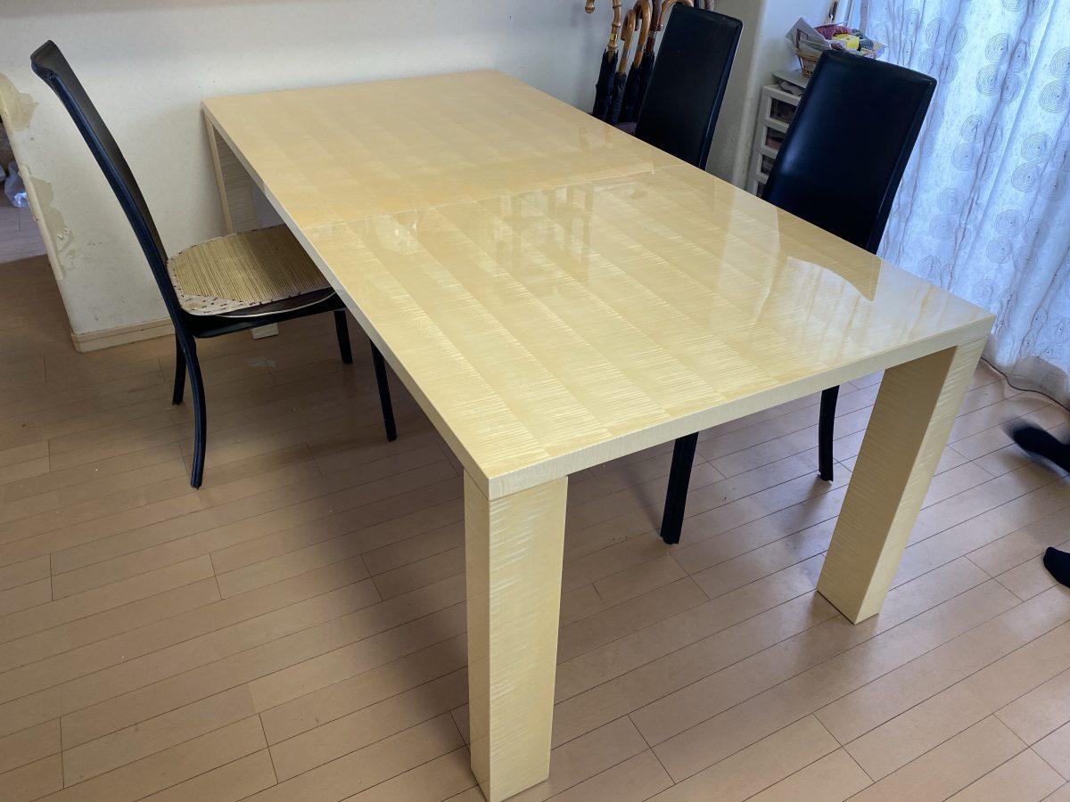 高松市に飛騨産業・風のうた・ソファと松創・シカモアダイニングテーブルを納品
