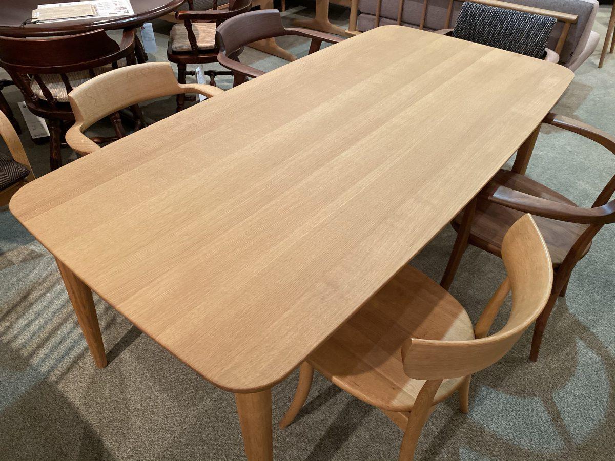 飛騨産業・侭オーダーテーブル