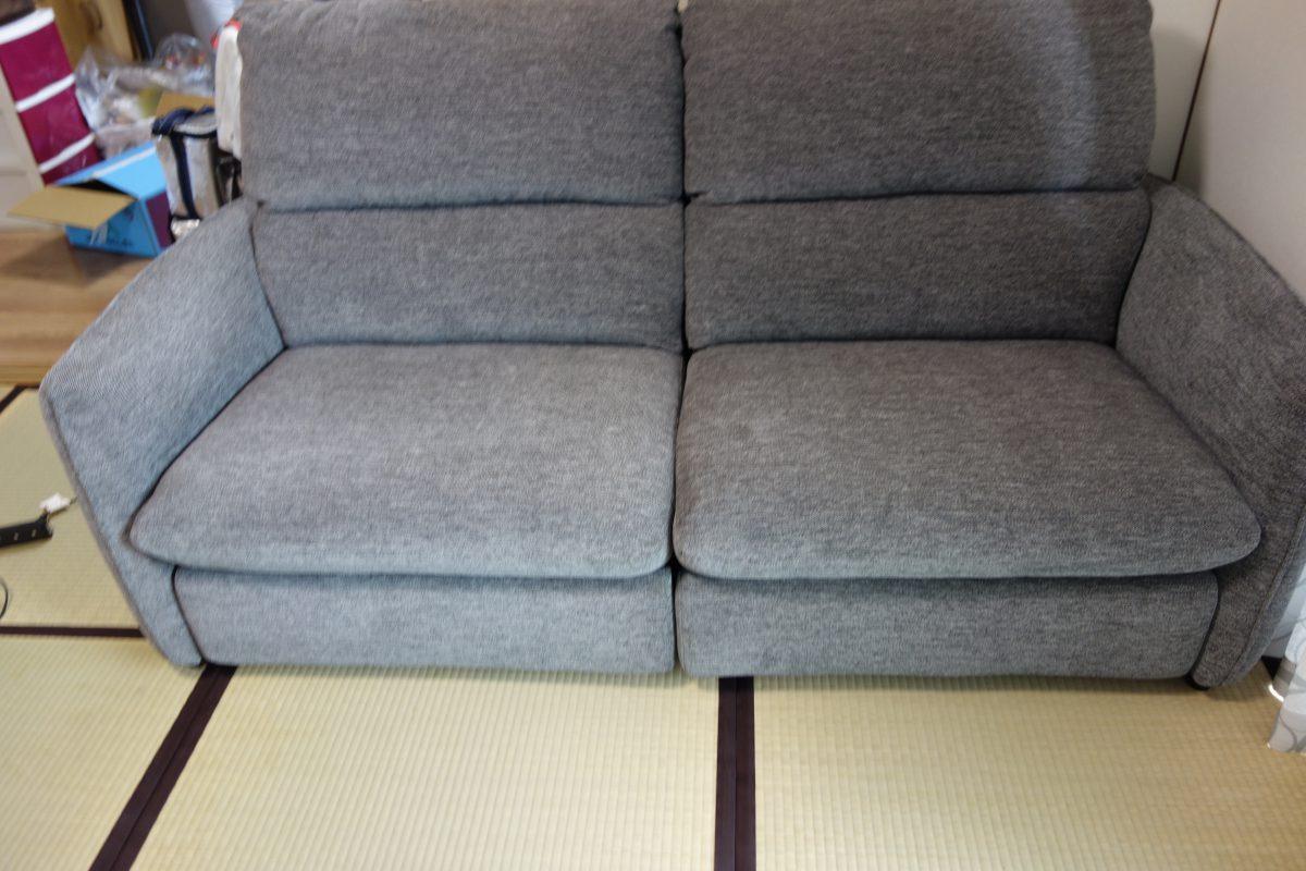愛媛県にワタリジャパン・電動リクライニングソファを納品
