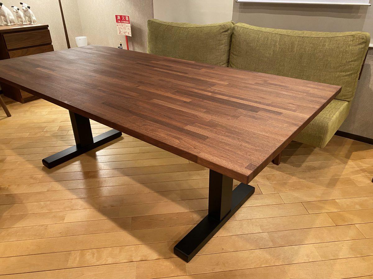 マスターウォール・BRICKソファ+ローダイニングテーブル1800