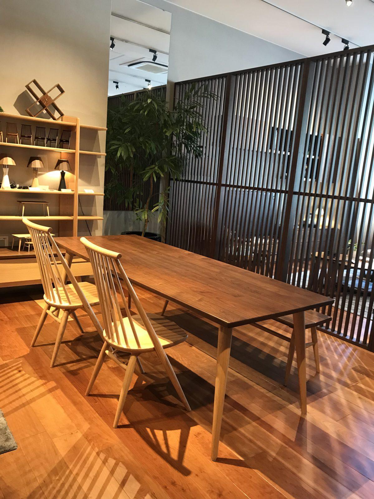 【お客様からお問い合わせをいただきました】シビルテーブルとシビルチェアの組み合わせ